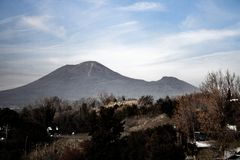 Le mont Vésuve vu de Pompeii photos stock