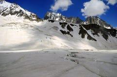 Le montagne del Kirghizistan Alatau immagini stock libere da diritti