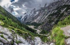 Le montagne delle alpi in Baviera, Germania Fotografie Stock Libere da Diritti
