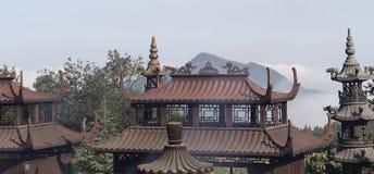 Le montagne famose di buddismo cinese jiuhuashan Fotografie Stock Libere da Diritti