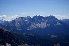 Le montagne meravigliose della dolomia abbelliscono/rosengarden il gruppo/verso sud il Tirolo Immagini Stock