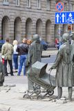 Le monument d'un passant anonyme, sculpture par Jerzy Kalina, Wroclaw, Pologne photo libre de droits