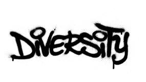 Le mot de diversité de graffiti a pulvérisé dans le noir au-dessus du blanc illustration libre de droits