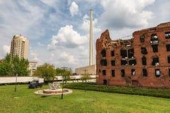 Le moulin du Gerhardt d'oof de ruines restant après le bombardement Stalingrad images libres de droits