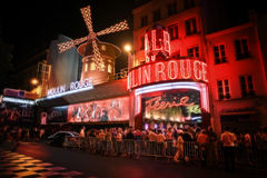 Le Moulin rouge - Paris Images stock