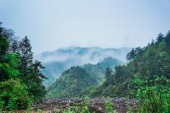 Le mountainpendant le matin Image libre de droits