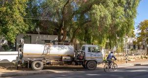 Le Municipal entretient la petite ville Afrique du Sud vivante image stock