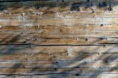 Le mur en bois de la vieille maison Images stock