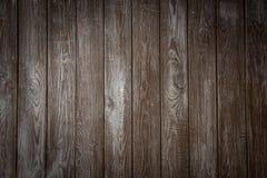 Le mur en bois foncé Photo libre de droits