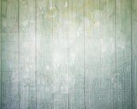 Le mur en bois vert âgé avec le concept d'affaires gribouille Image libre de droits