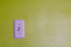 Le mur sans inquiétudes avec un interrupteur de lampe photos libres de droits