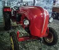 Le musée de rétros voitures dans la région de Moscou de la Russie Photos stock
