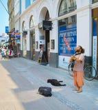 Le musicien de rue exécutent le jeu copenhague photos stock