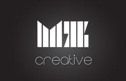 Le MZ M Z Letter Logo Design With White et lignes noires Photographie stock