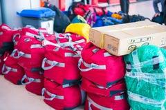 Le Népal - 3 janvier 2017 : : bacpack et bagage dans le chariot chez Pokhara Images stock