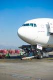 Le Népal - 4 janvier 2017 : : plan de Thai Airways à l'air de Katmandou Images stock