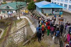 Le Népal, portiers de touristes de Lukla, trekking d'Everest Images libres de droits