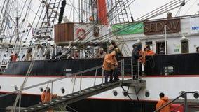 le Navigation-bateau-Sedov créent dans le port Kiel - le Kiel-Semaine-événement 2013 - l'Allemagne - mer baltique Photos stock