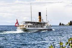 Le navire de Suisse de La part marina de Montreux Photos stock