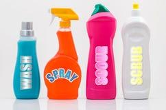 Le nettoyage de ménage met 01-Labels en bouteille Photo stock