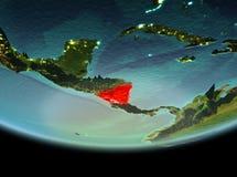 Le Nicaragua la nuit sur terre Images stock