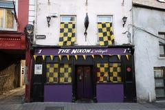 Le Nixon, bar dans Kilkenny du centre, Irlande Image stock