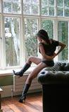Le noir sexy initialise Katherine Image libre de droits