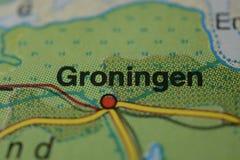 Le nom GRONINGUE de ville sur la carte Photographie stock libre de droits