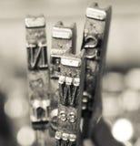 Le notizie esprimono i vecchi martelli del typwriter Fotografia Stock