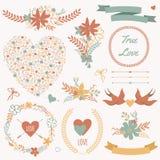 Le nozze di vettore hanno messo con i mazzi, gli uccelli, i cuori, le frecce, nastri Illustrazione Vettoriale