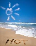 Le nuage et la plage drôles Images libres de droits