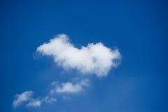 Le nubi di bianco fotografia stock