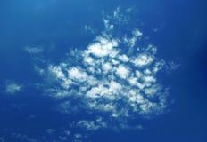 Le nubi pittoresche sono in cielo Fotografia Stock Libera da Diritti