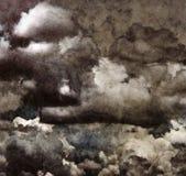 Le nuvole di lerciume sopra riciclano la carta. Immagine Stock Libera da Diritti