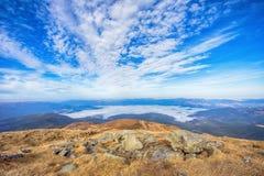 Le nuvole nella valle Fotografia Stock
