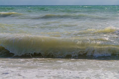 Le onde alla spiaggia Fotografia Stock Libera da Diritti