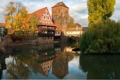 Le ore prima del sole hanno messo a Norimberga Germania Immagini Stock