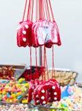 Le pain assorti de gingembre de sucrerie a mélangé le bonbon coloré sur un marché Photographie stock libre de droits