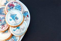 Le pain d'épice de conception de Smurf a glacé des biscuits Photo libre de droits