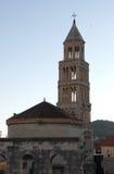 Le palais de Diocletian et la tour, fente, Croatie Images stock