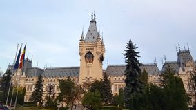 Le palais de la culture dans Iasi est le point principal d'attraction de la capitale moldavienne photos libres de droits