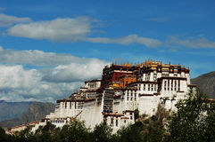 Le palais de Potala à Lhasa Images libres de droits