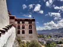 Le palais de Potala au Thibet Photos stock