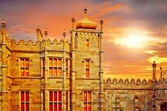 Le palais de Vorontsov Une partie de la tour de palais au coucher du soleil Photos stock