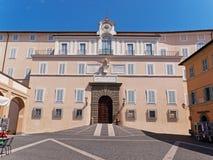 Le palais papal de Castel Gandolfo image libre de droits