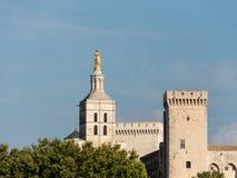 Le palais papal, un palais historique situé à Avignon, France du sud Il est un des plus grande et les plus importante médiévale photographie stock libre de droits