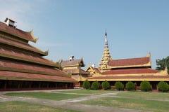 Le palais royal de Mandalay au coeur de Mandalay Photographie stock libre de droits