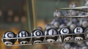 Le palle del lotto compongono la parola CHOICE rappresentazione 3d Immagini Stock