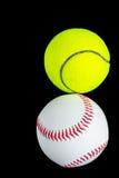 Le palle si sono scontrate casualmente nello scuro fotografie stock