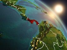 Le Panama de l'espace pendant le lever de soleil Image stock